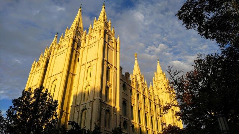 SL Temple golden hour