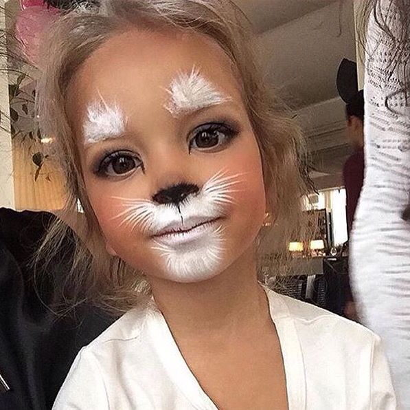 c0cbe8b1356713be6f2ad8c0365bb5ab--cute-halloween-makeup-kid-halloween-costumes