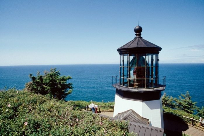 Cape-Meares-Lighthouse-view