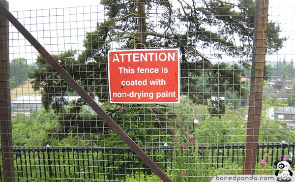 Funny-Signs-Fence-31
