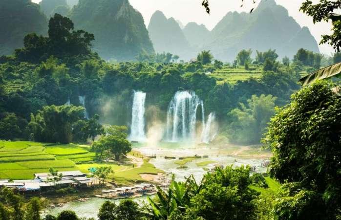 Ban Gioc-Detian Waterfall, Vietnam & China