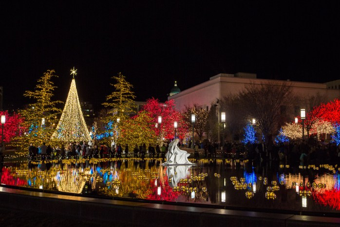 Temple_Square_lights3_2014